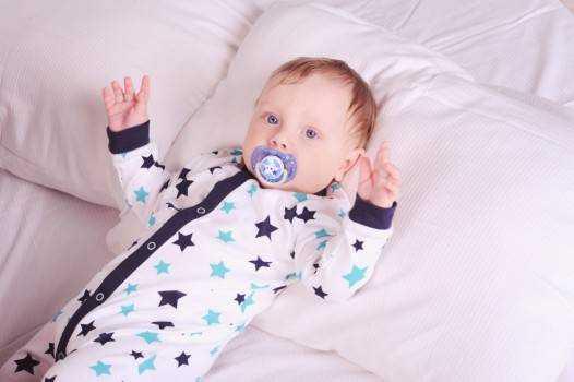 дети 1 год и 1 месяц развитие питание