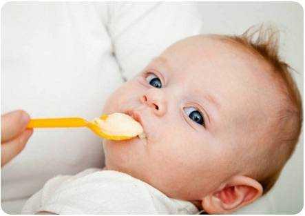 питание детей 3 месяца искусственник