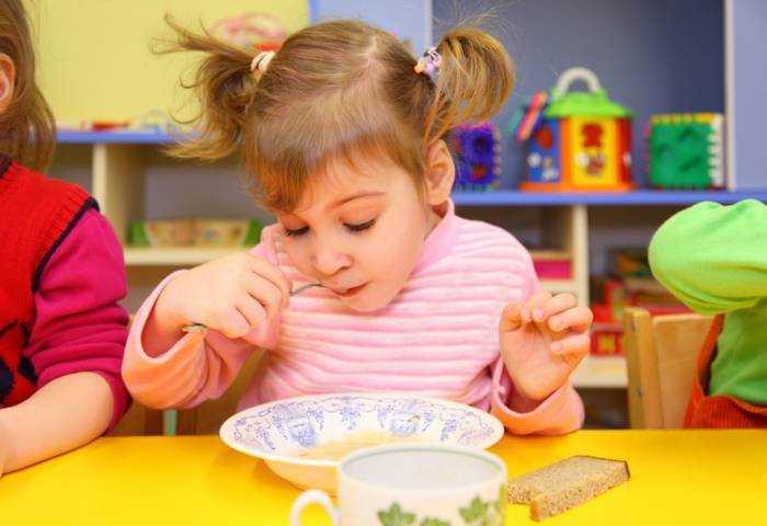 питание детей в детских учреждениях