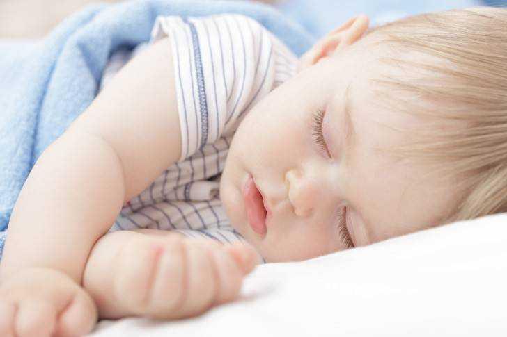 питание и развитие детей в 9 месяцев