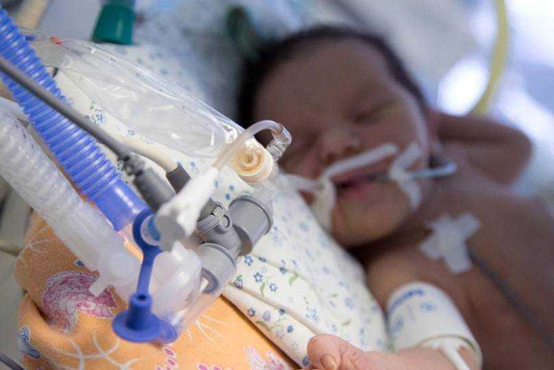 питание недоношенных детей в реанимации