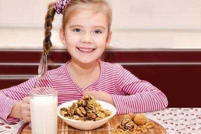 орехи в питании детей