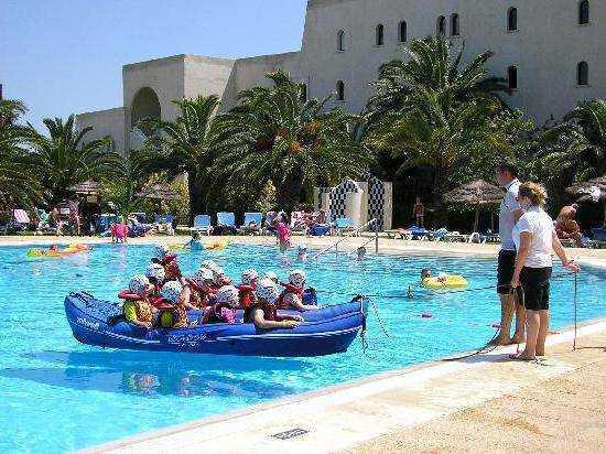 тунис питание для детей